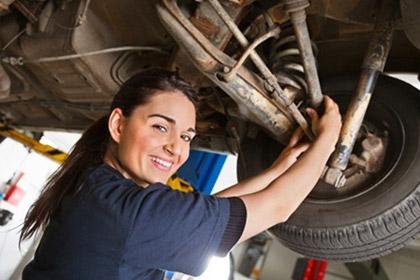woman-mechanic